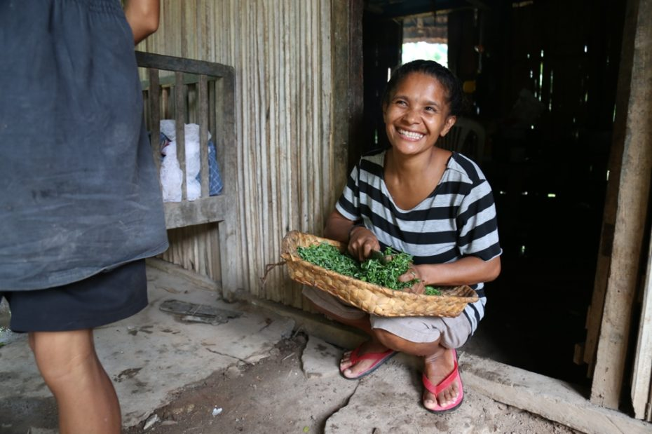 This lady we met in Timor-Leste had a beautiful smile. Whether she is very happy or not, I don't know!